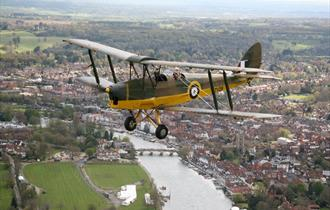 Thames Tiger Moth Tour with Finest Hour Experiences