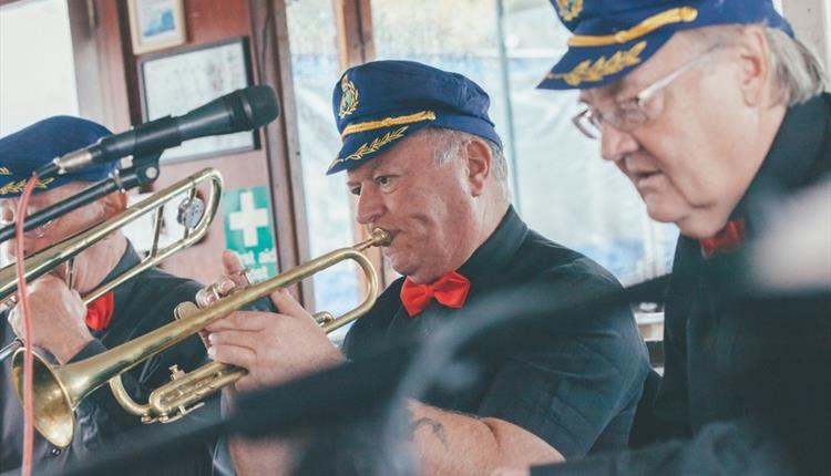 Jazz on a Sunday with Thames Rivercruise