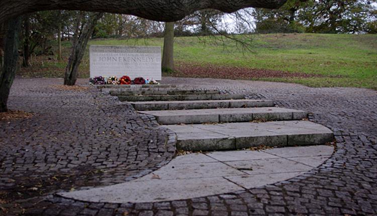 The Kennedy Memorial at Runnymede
