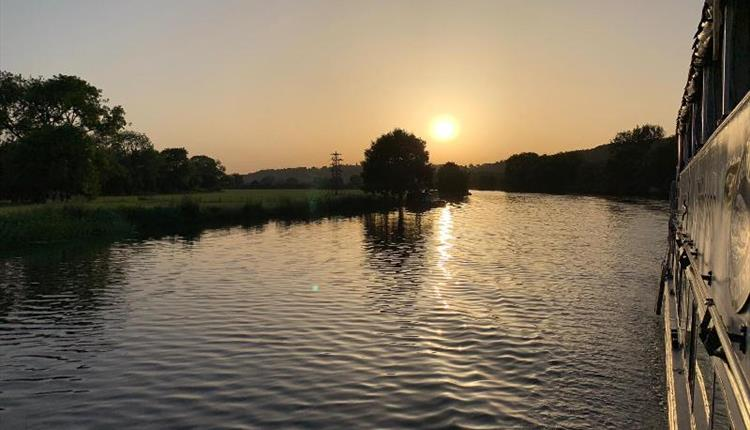 Saturday Sundowner Cruise with Thames Rivercruise